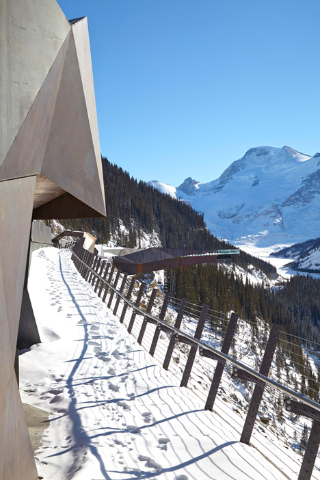 glacier skywalk 7