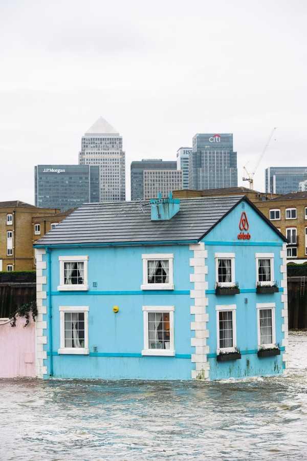 Airbnb Floating House wenn22501281